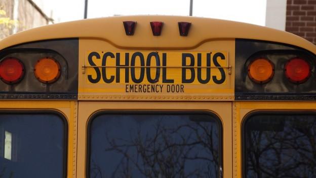bus-1319360_960_720